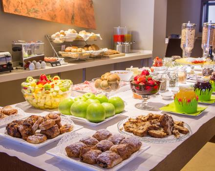 The rich breakfast buffet at the Hotel Metropoli in Genoa