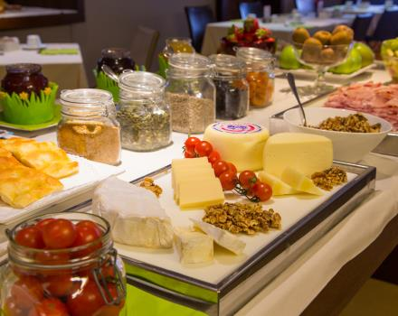 Sweet and savoury items in the breakfast buffet at the Best Western Hotel Metropoli